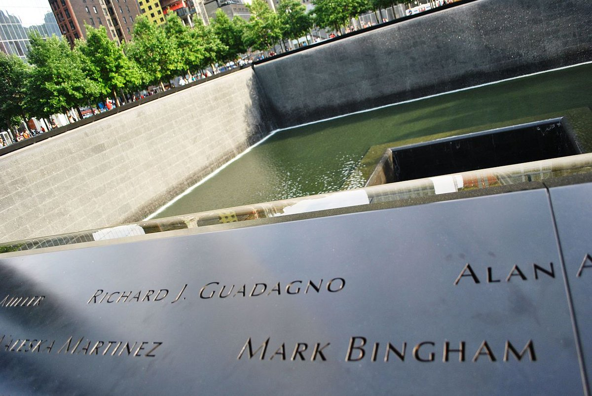 Todd Beamer Tom Burnett Jeremy Glick Mark Bingham  Saved the Whitehouse or the Capital Building.  Four extraordinary  Americans who stood up and said, not today. Each one a civilian.  #LetsRoll #United93 #September11<br>http://pic.twitter.com/adzSqZqvrp