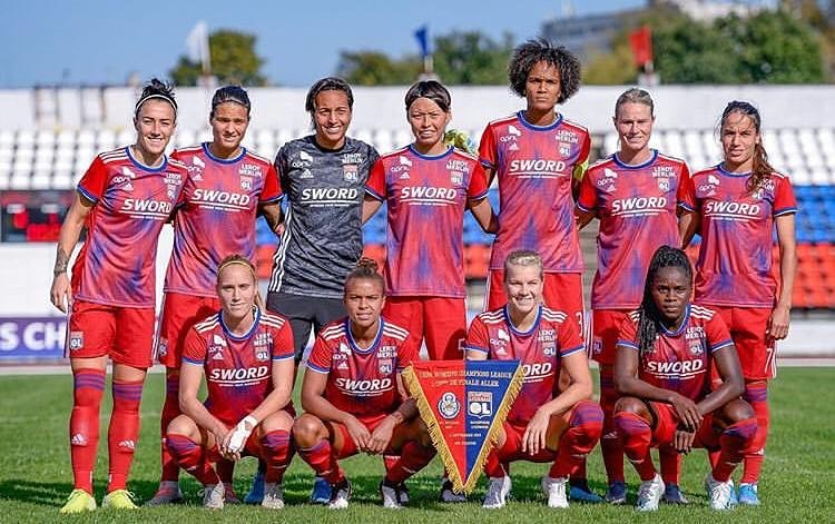Off to a flying start...#UWCL https://t.co/FuiACgmiRR