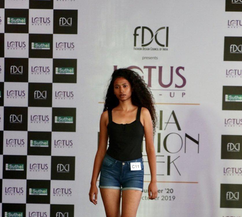Βεγγαλικό κορίτσι dating στην Καλκούτα