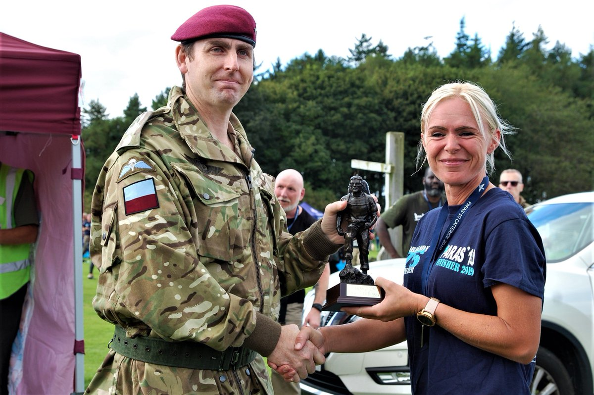 April, about to join @RNReserve, was first female tabber home in 1:40:49 at @theparas10 Catterick. Well within 1:50 cutoff for Para selection!