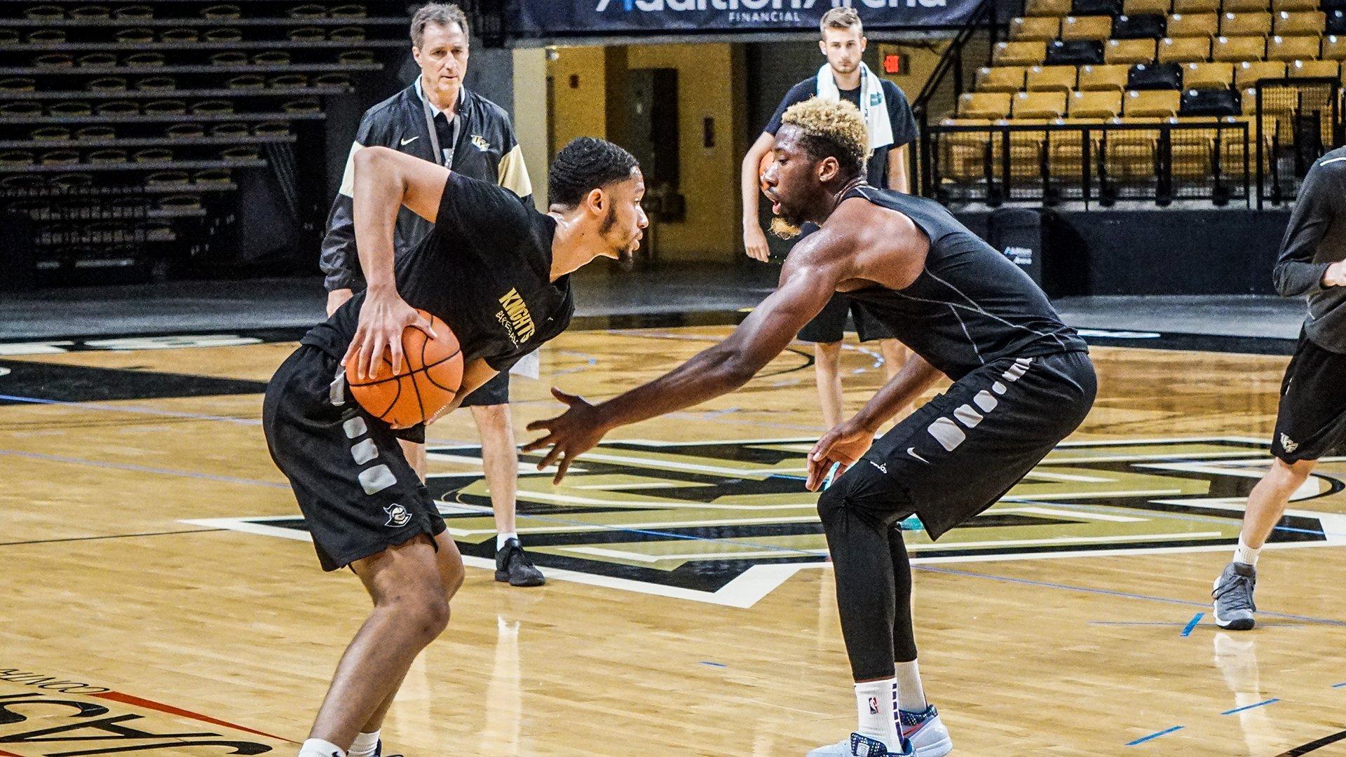 UCF Knights NCAA Basketball: grind szn ⚔️  @Sean_hollis32 ➡️ @loveyuat ⬇️ @Frank_Bertz 🆚 @Ibrahimfamo...