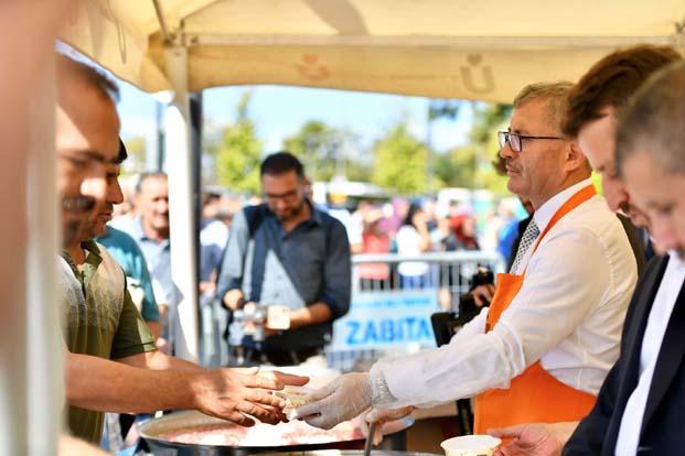 Üsküdar Belediyesi Aşure Ayı'nın ilk haftasında 50 bin kişiye aşure dağıtacak