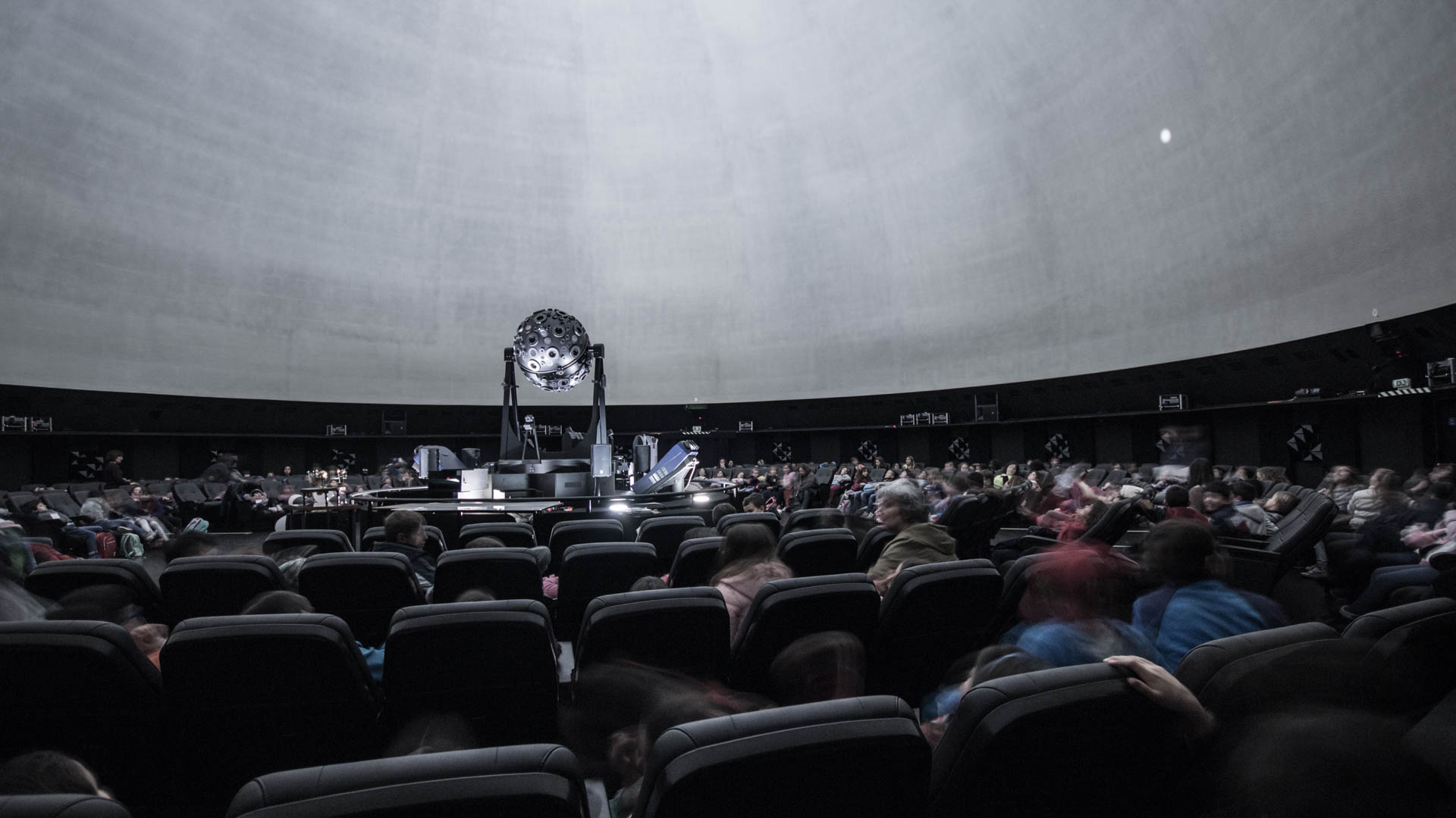 Travel Lisbon (Portugal): Spend your time under the stars.  In Calouste Gulbenkian Planetarium you can learn abou...