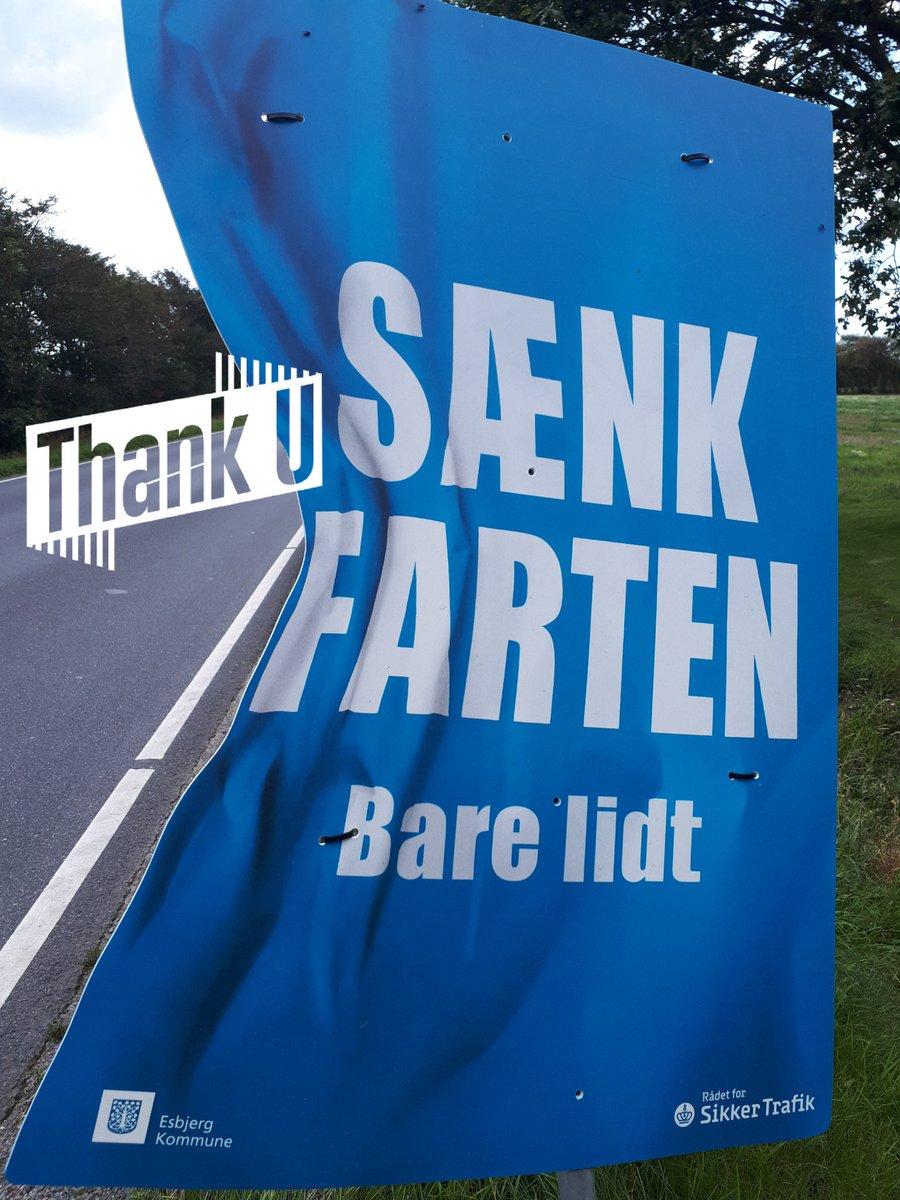 En god dag på Strandby Kirkevej i Esbjerg. Kun 8 kørte for stærkt og får en hilsen fra politiet. Højeste hastighed 68 km i timen. Det  var en god oplevelse. #atkdk #politidk https://t.co/VlF2pbQrjG