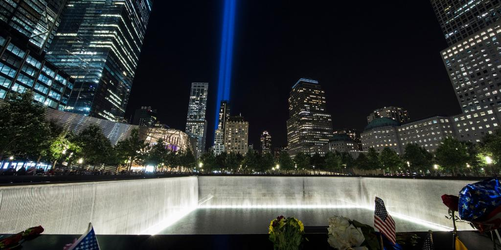 If you are in NYC, join us on the #911Memorial starting at 3:00 p.m. to pay tribute to those we lost 18 years ago. The Memorial will stay open until midnight for a special viewing of #TributeinLight.  http://www. 911memorial.org/anniversary    <br>http://pic.twitter.com/yUbVsfgHU3