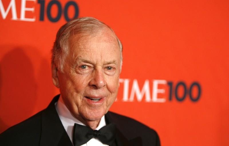 'Oracle of oil' T. Boone Pickens dies at 91 https://reut.rs/2ZPC75f