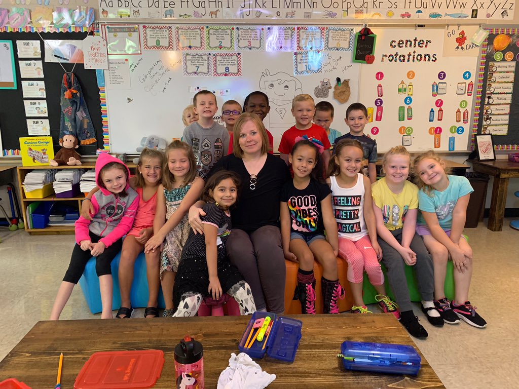 This weeks #ThankATeacherTuesday goes to @Mrs_Curtis_Kids Mrs. Curtis is phenomenal with our kids in school and out!  She plans wonderful lessons and makes sure the kids always have someone in their corner rooting for them! Thanks, Mrs. Curtis! https://t.co/Ola9TDnwDC