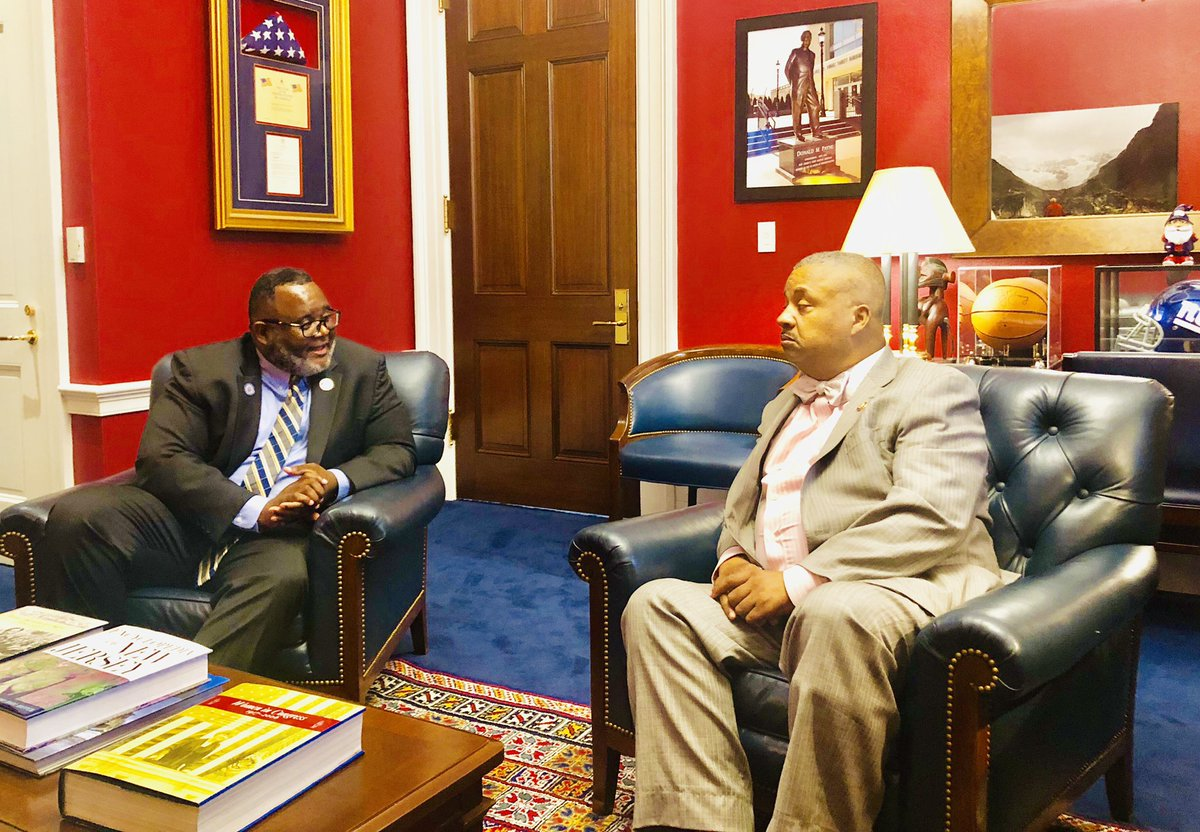 New Jersey Department Of Education On Twitter Today Commissioner Drlrepollet Assistant Commissioner Arhasaneds Met With Repdonaldpayne To Discuss Initiatives Implementing Amistad Curriculum In Nj Schools Thenjamistad Https T Co Kfjfufb8cv