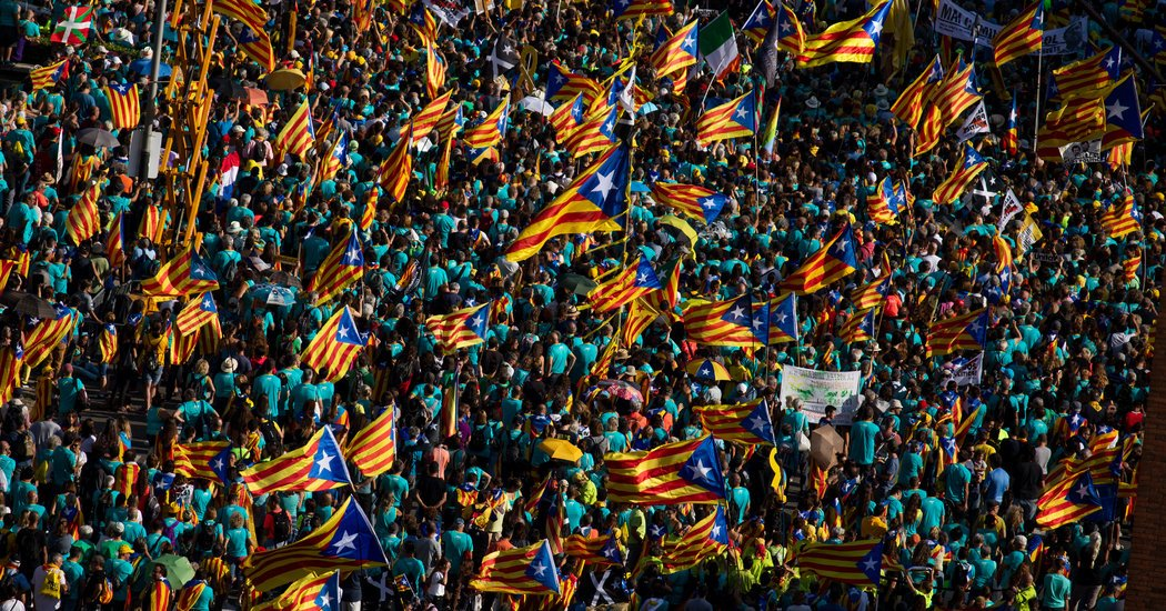 600,000 Protesters in Barcelona Call for Independence From Spain - Top Tweets Photo