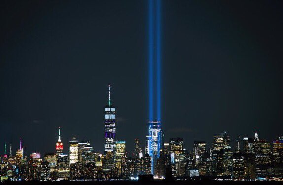 Views of the #TributeinLight at Ground Zero. <br>http://pic.twitter.com/zT6eLxt0kA