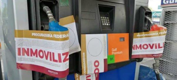 Pese al llamado a no incurrir en compras de pánico, sí se reportaron éstas; Profeco indicó que de 66 gasolineras, 54 están operando. http://ow.ly/ujkY30pw1ta