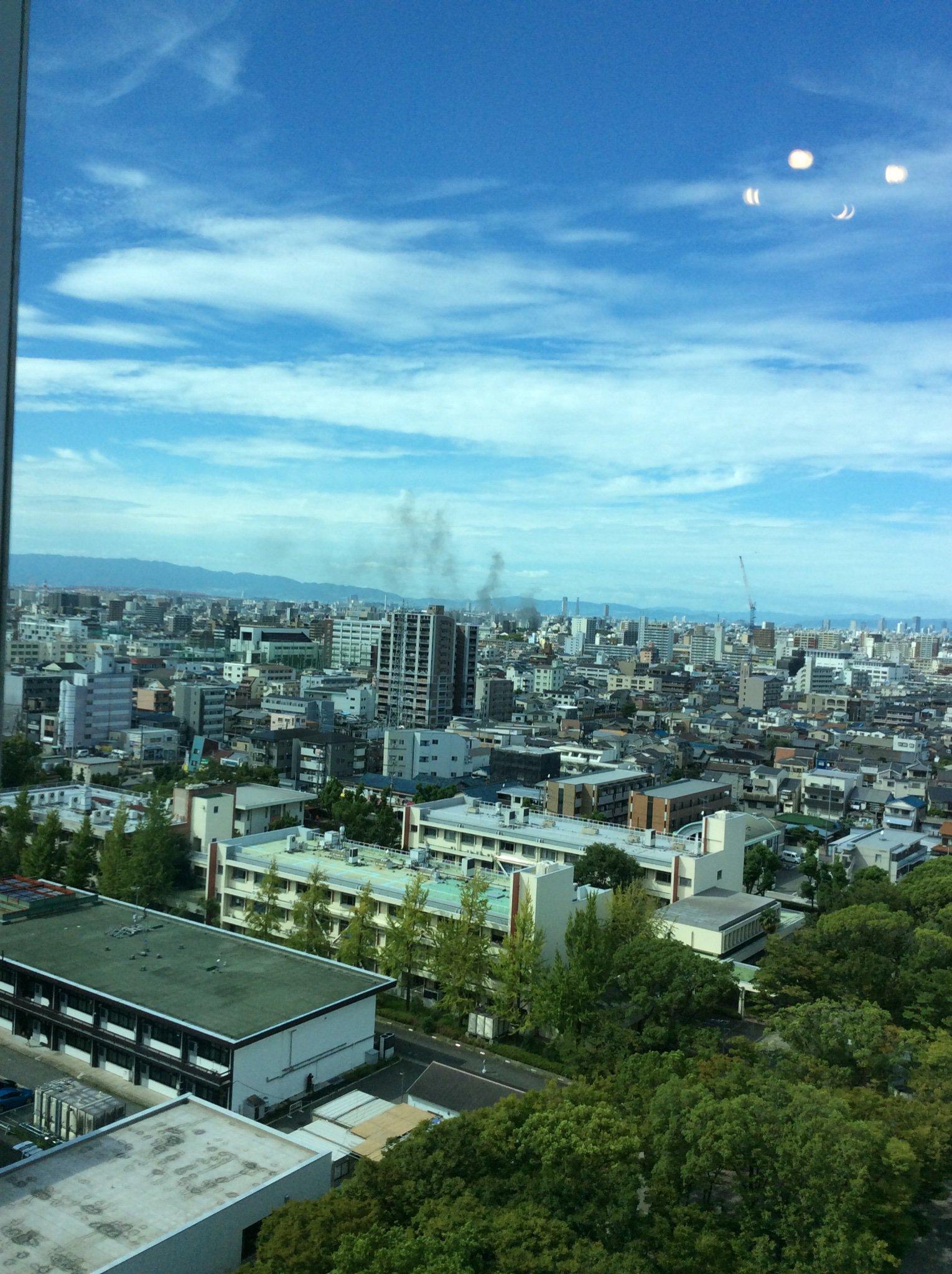 画像,大阪来てるけど、これは火事なのか???汗 https://t.co/vOVH0Q5FP0。
