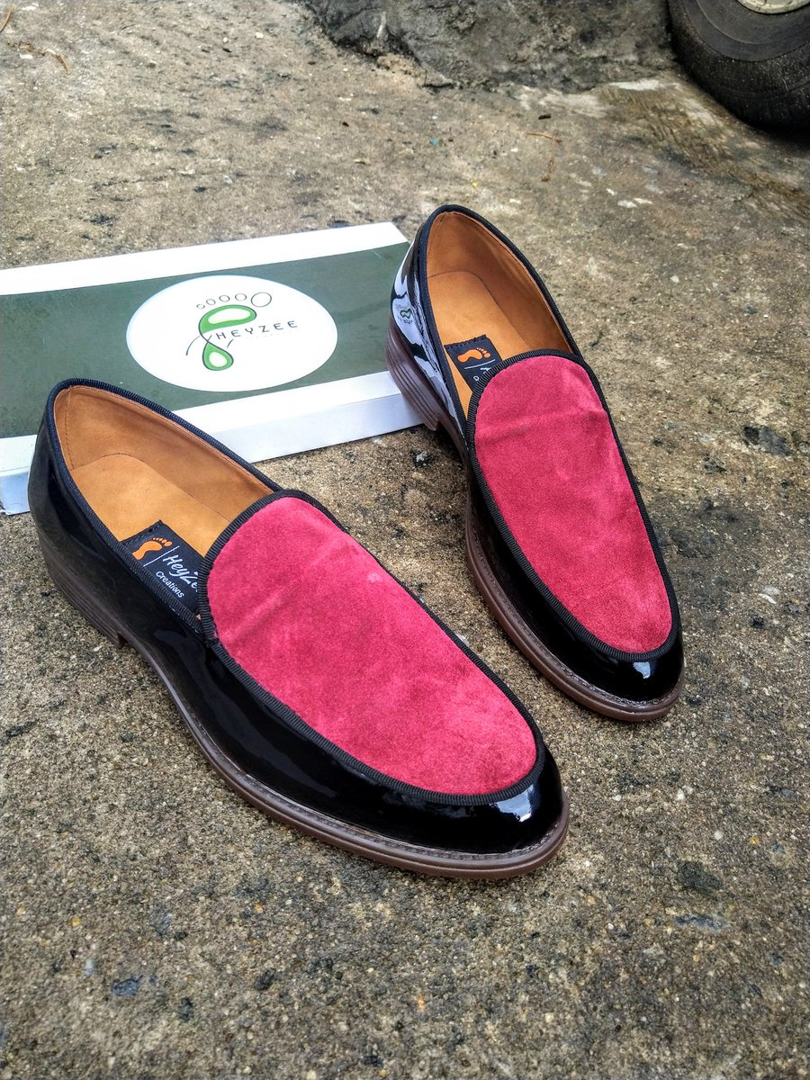 I make and sell high quality handmade shoes!  #msmethursdaywithdipo <br>http://pic.twitter.com/eGmQuC7sRE