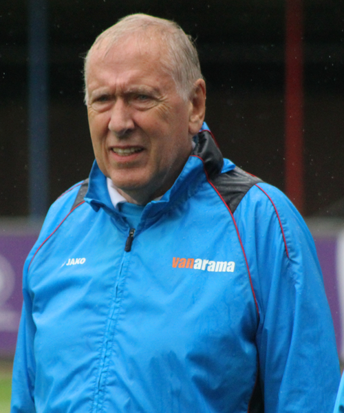 Happy 74th Birthday to Woking assistant manager and legendary commentator, Martin Tyler...