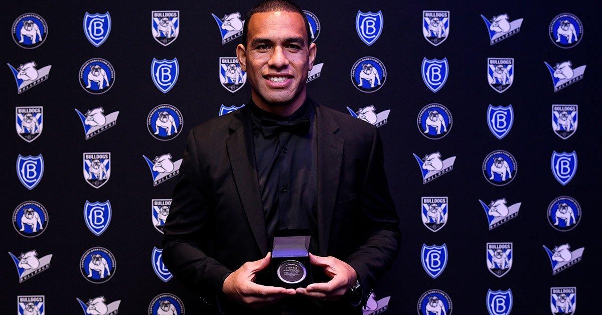 Will Hopoate claims the 2019 Dr George Peponis Bulldogs Player of the year. #proudtobeabulldog