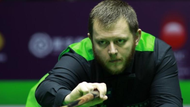 Mark Allen beat Judd Trump 6-1 to make the semi-finals of the Shanghai Masters.https://bbc.in/2meEOLB