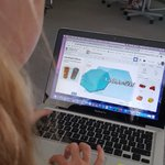 Image for the Tweet beginning: 5th grade 3D printing and
