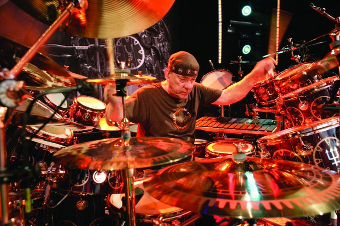Coloso de los tambores.Happy birthday Mr. Neil Peart-Rush