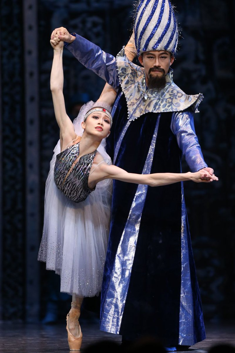 """Dancers from China's Shanghai #Ballet bring to audience in Brussels """"The Last Mission of Marco Polo"""", a unique visual and musical spectacle http://xhne.ws/WhaN6"""