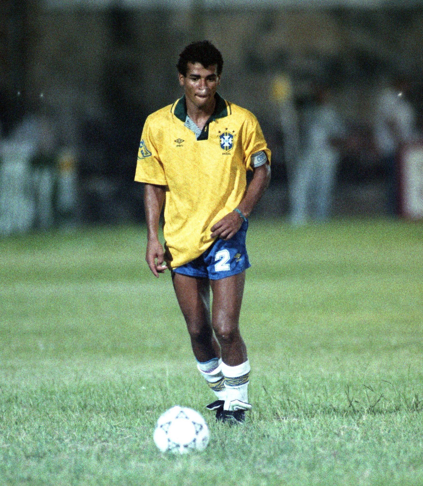 FIFA World Cup: #OnThisDay in 1990, @CBF_Futebol gave a young right-back his international debut 👶�...