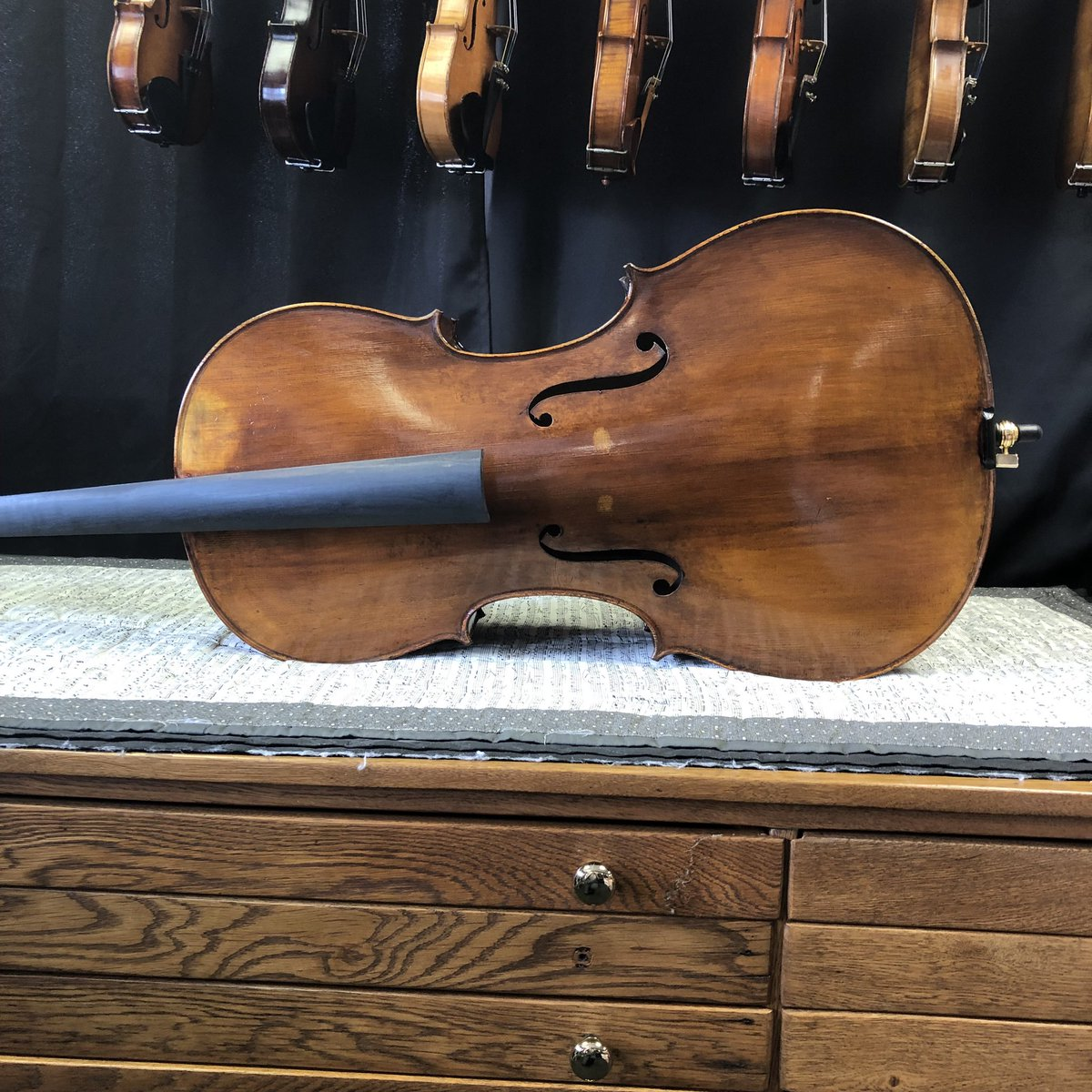 A new cello has arrived! It is a Thomas Ernst cello. We will be setting it up soon so it is ready to play. #cello #musicstore <br>http://pic.twitter.com/v8ATcCWaVH