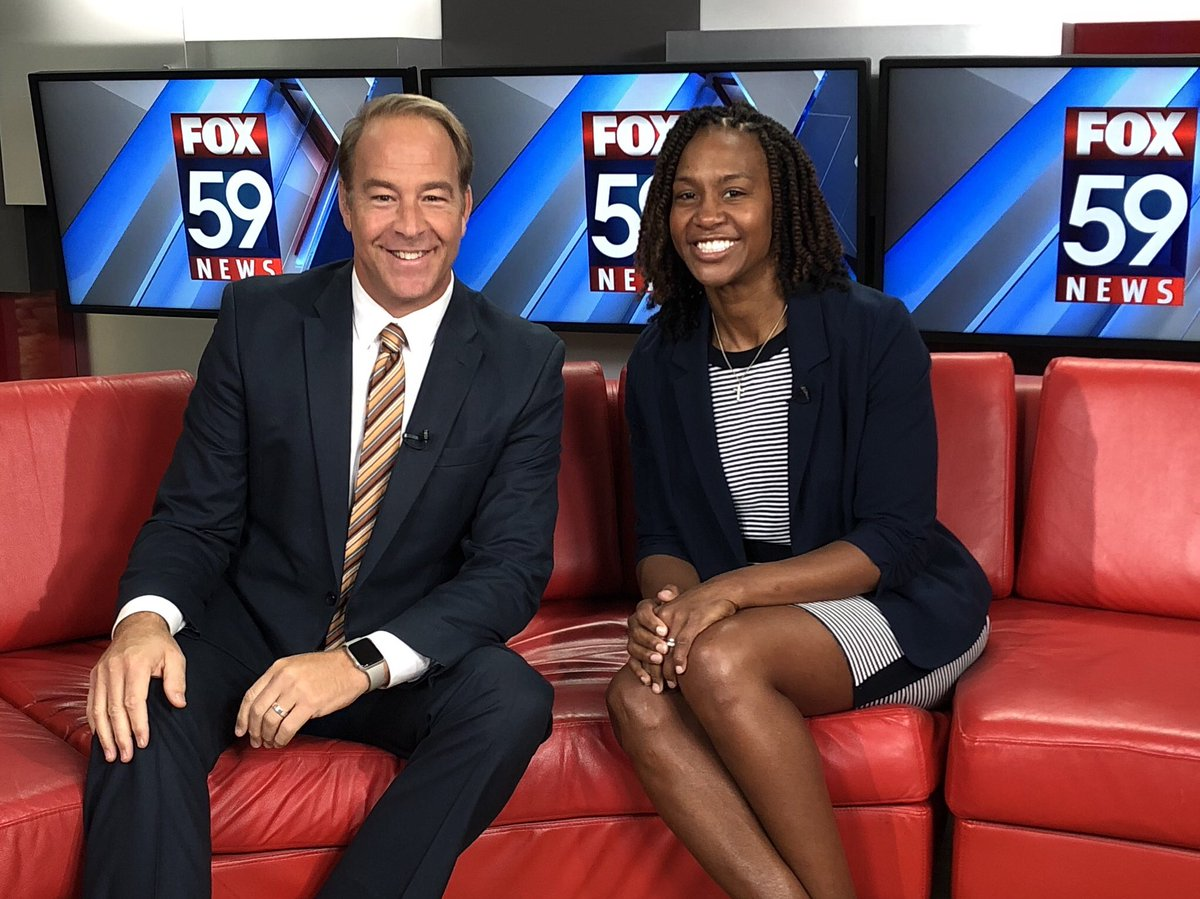 Another day to talk about new coach and new fieldhouse with @Catchin24 visiting with @RayCortopassi and @FOX59 Morning News.  #commit #compete #contribute @IndianaFever #Fever20 @HinkleFH https://t.co/CXbFmAPzWV