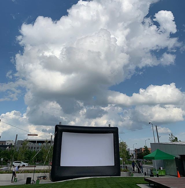 Big screen will go up this afternoon for tonight's big movie [Triplets of Belleville] that starts around 8 pm. Shade starts blanketing the plaza at 6:45, and there's always a breeze, so #lugarplaza is by definition a 🆒 place to be for a 🆓 film.......… https://t.co/yFUaFeTAOr