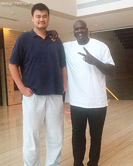 """Everyone Looks Small Compared To Yao Ming. Happy Birthday To The 7\6\"""" Legend"""