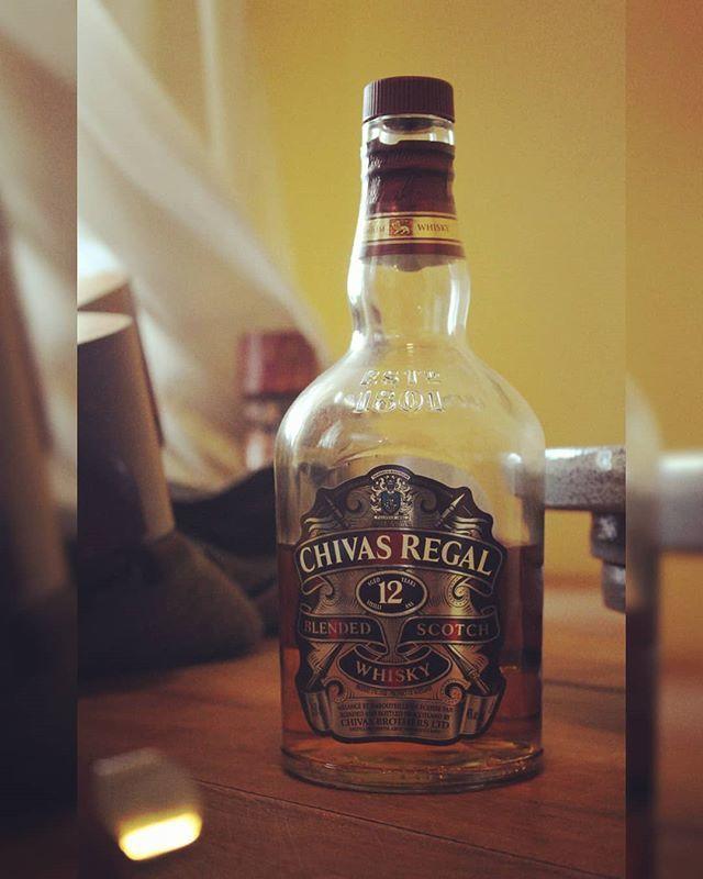 Throwback Thursday! Chivas Regal 12y Blended Scotch w/ @haroldsgrand & Ryan  https:// ift.tt/2NXqjaI     #review #reviews #blend #blended #blendedscotch #scotch #whisky #scotchwhisky #throwbackthursday #throwbackthursdays #tbthursday #tbthursdays #tbt  https:// ift.tt/2LqCxH8    <br>http://pic.twitter.com/IpqalYkz4d