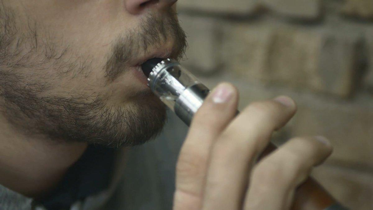 Vaping has become a 'frightening public health phenomenon.' bit.ly/2mfOeGN