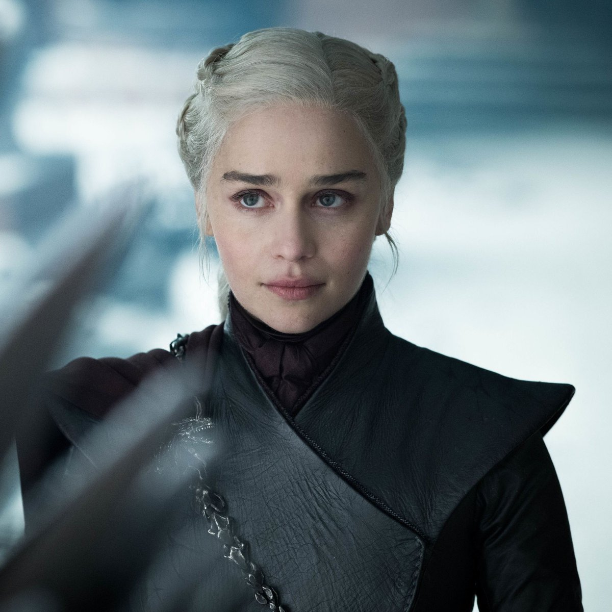 A 'Game of Thrones' prequel pilot based on House Targaryen & set 300 years before the events of the main show is reportedly in the works at HBO   (via @DEADLINE |  http:// bit.ly/2lSUQdD    )<br>http://pic.twitter.com/6jJjooVCyt