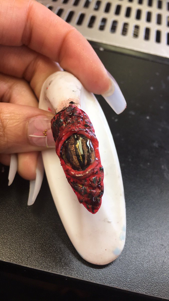 Imma dragon bitch 1year  Beginner Licensed self taught Nail Tech!  who needs to take a dope ass nail class.  #nails #georgianails #lanails #Celebritynails #texasnails #floridanails  @ValentinoPure @PoochiezNails #Indiananailtech #nailswag #nailsofinstagram #Halloween <br>http://pic.twitter.com/5d4ZiWEMNT