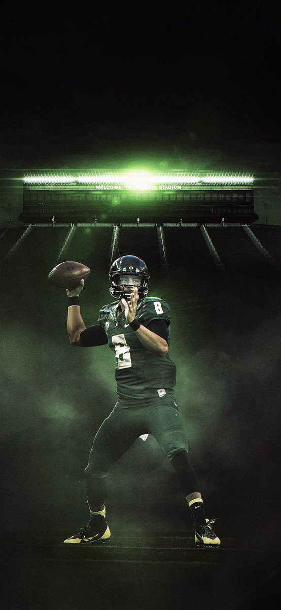 Star power. Justin Herbert now second all-time at Oregon in TD passes behind Marcus Mariota. #GoDucks <br>http://pic.twitter.com/eAlecFQ1v3
