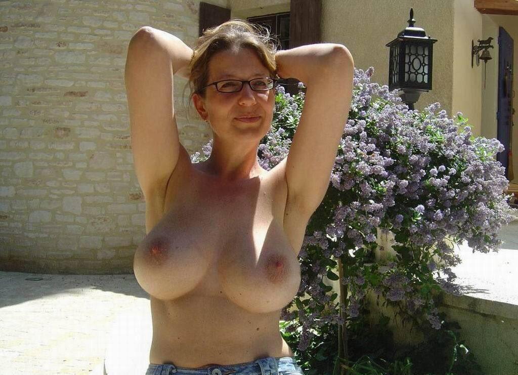 Local natural mature tits