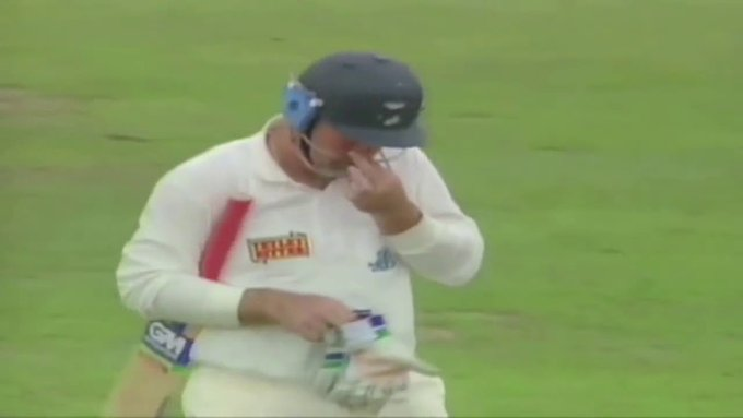 Happy 50th birthday to the great Shane Warne! Poor Mike Gatting still doesn\t know how you got him out...