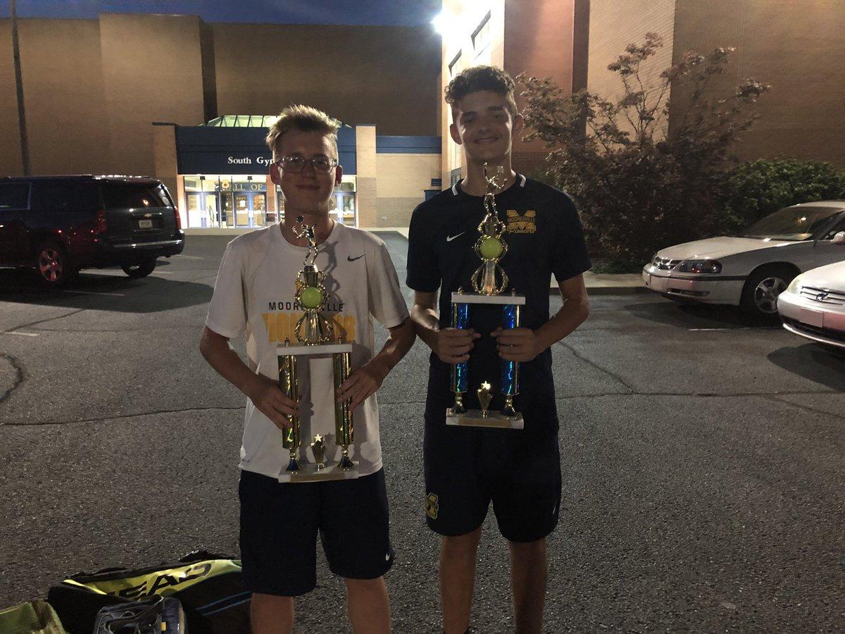 Players of the Match vs. Ben Davis; Varsity - Dylan Moseley and Austin Britt (Their first varsity win for MHS); JV - Joel Hammon.  Great Job! Go Tennis! <br>http://pic.twitter.com/LcFkSZEz8r