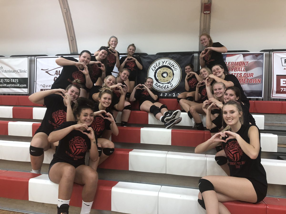 UC Clermont Volleyball loves and appreciates the best bagel shop in the business Everything Bagels! Thank you for your continued support of our program! #UCCVB #BagelBoss