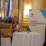 Image for the Tweet beginning: Juhlahetki @liandersson on ylpeä