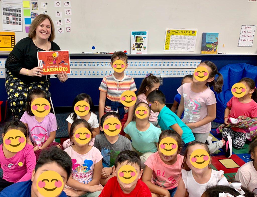 Thank you @PrinSilliman for reading to my class! They loved it! @HemmenwayStreak #tigersroar