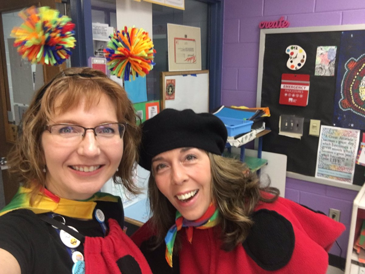 The things we do for our students. (Who are kidding. We'd probably look like this anyway.) <a target='_blank' href='http://search.twitter.com/search?q=weatherbugs'><a target='_blank' href='https://twitter.com/hashtag/weatherbugs?src=hash'>#weatherbugs</a></a> <a target='_blank' href='http://twitter.com/APSArts'>@APSArts</a> <a target='_blank' href='http://twitter.com/CampbellAPS'>@CampbellAPS</a> <a target='_blank' href='https://t.co/hpZxPVcsQ4'>https://t.co/hpZxPVcsQ4</a>
