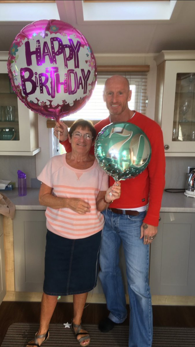 So this amazing women is today 70!!! Might be shorter than the balloons, but has a heart of a giant!!! Love you mam.xxx