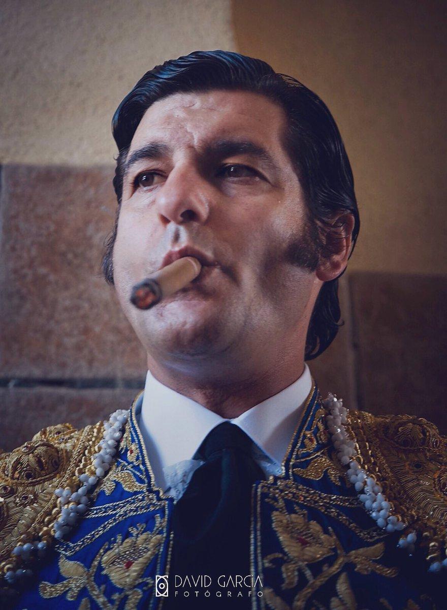 Una foto de Morante cada día EEVI9KhUEAAvCYv
