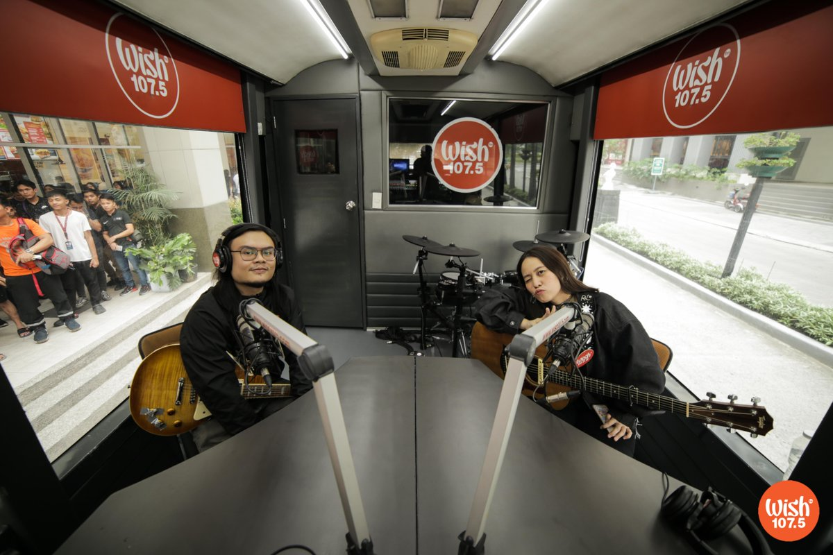 """YouTube star and singer-songwriter @reeseypeasy returned to the Wish Bus and rendered her original song """"Tenderfoot,"""" which talks about self-acceptance and body-positivity!<br>http://pic.twitter.com/89R9eNfZUU"""
