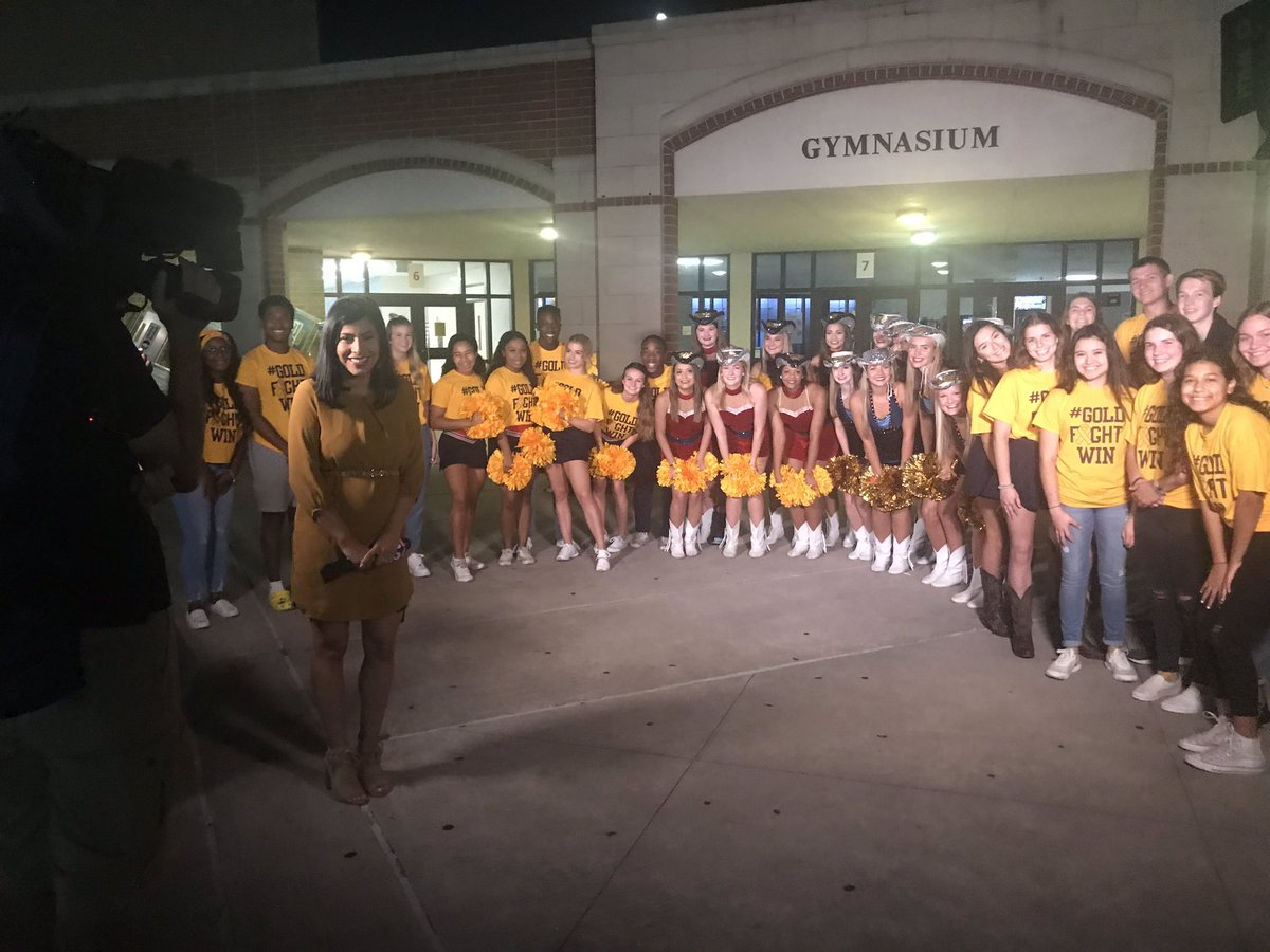 Watch Channel 2 this morning to see AHS and KHS students come together for  #GoldFightWin! <br>http://pic.twitter.com/SWkgfUhqO4