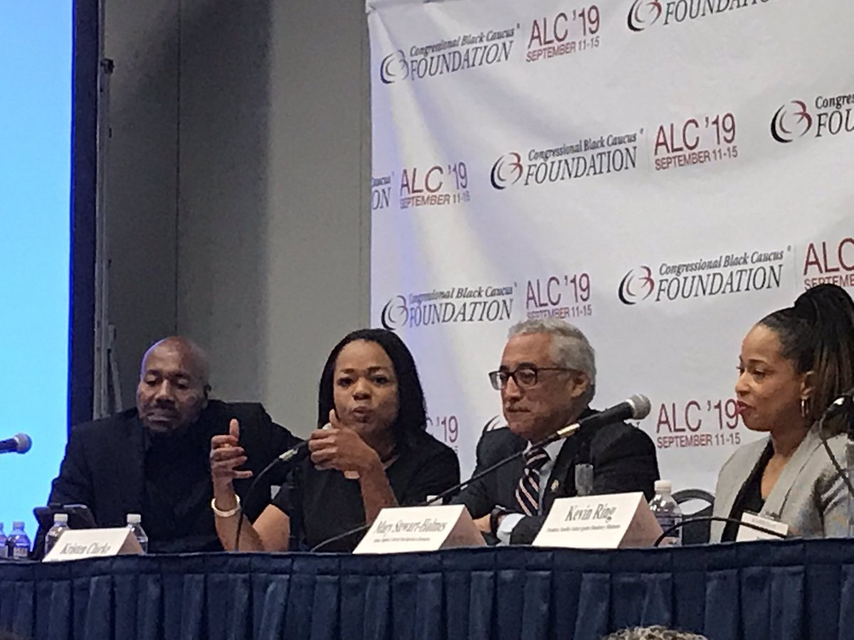 At criminal justice panel, @KristenClarkeJD of @LawyersComm said one Alabama school not only asked whether applicants had served time, but whether they had ever been arrested or stopped by police: We have to address the barriers to reentry. #CBCALC2019, #BobbyScottCBC, https://t.co/fA6BzNMqH2