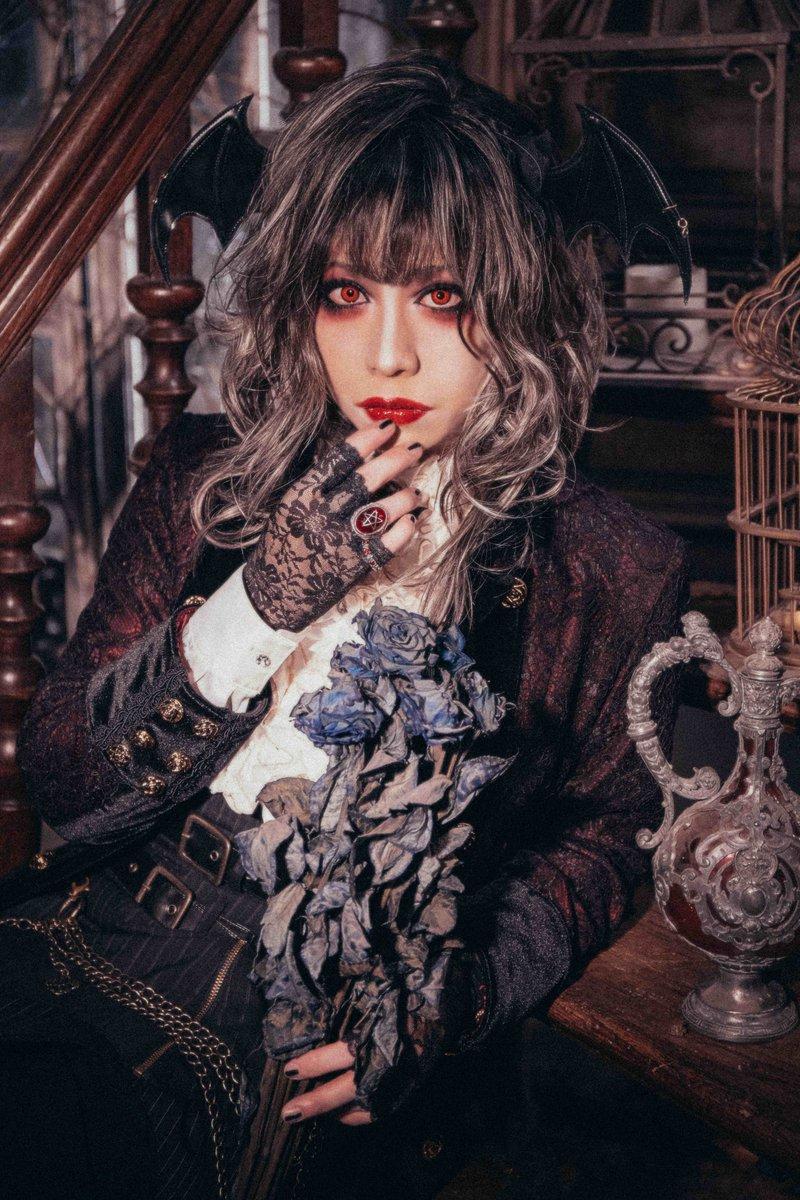 12月6日(金)高田馬場CLUB PHASEにてEuskyss生誕記念主催イベント 『Vampire Soirée』の開催が決定いたしました💀スケジュールをご確認の上、ぜひご来場ください🦇→
