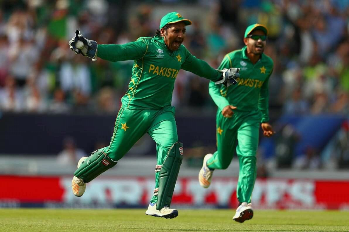 Sarfraz Ahmed has been retained as Pakistan cricket team captain while Babar Azam has been named as vice-captain for three ODI and three T20 home series against srilanka, which will be held from 27 September to 9 October. #PakistanCricket #SarfrazAhmed #BabarAzam #PakvsSri<br>http://pic.twitter.com/Z2U6iBY29b
