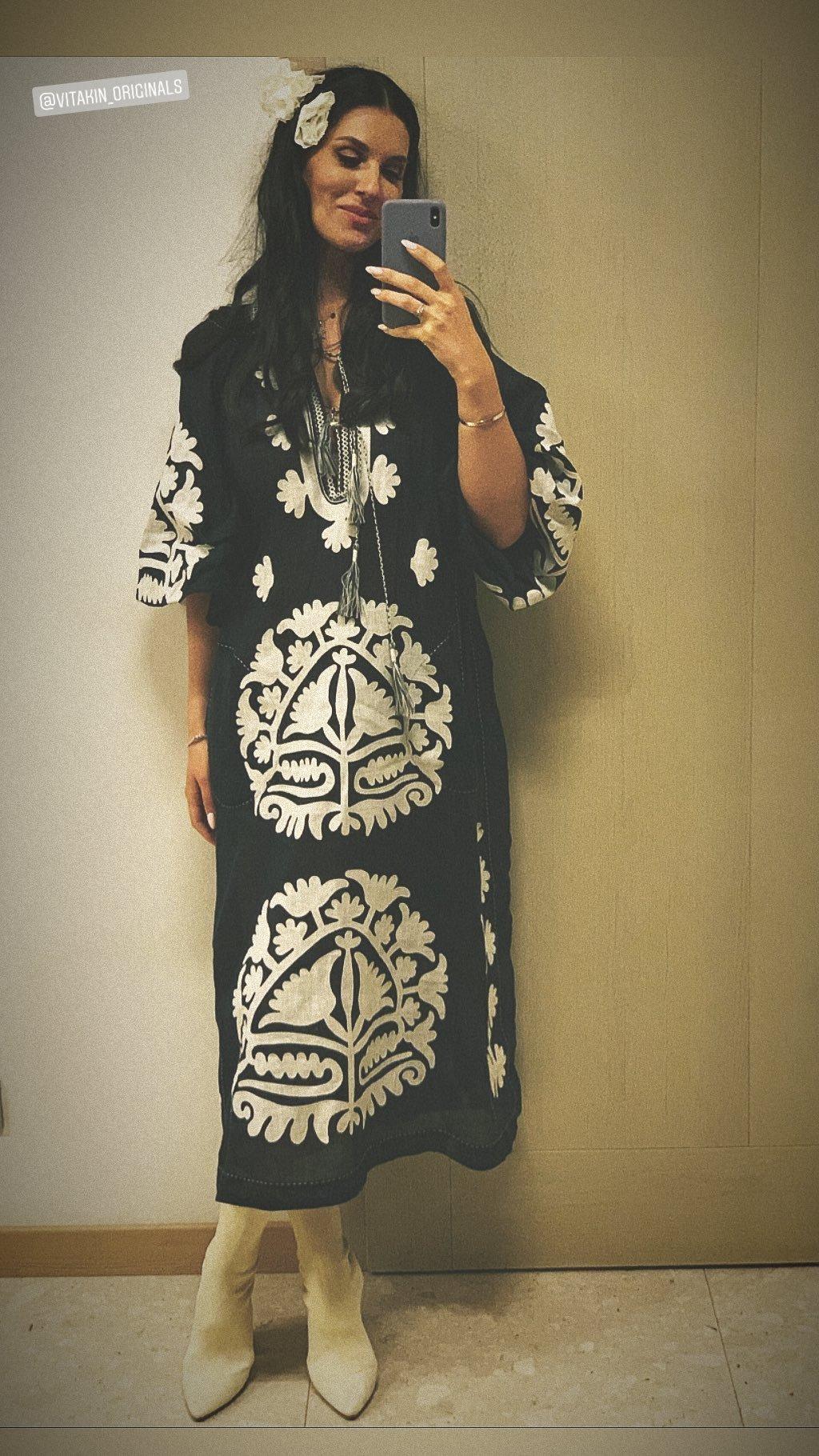 Маша Ефросинина в платье от Vita Kin