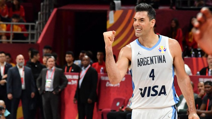 🇦🇷 @LScola4 (28 PTS, 13 REB) leads @cabboficial past France and into the @FIBAWC title game!   #ArgentinaGotGame #