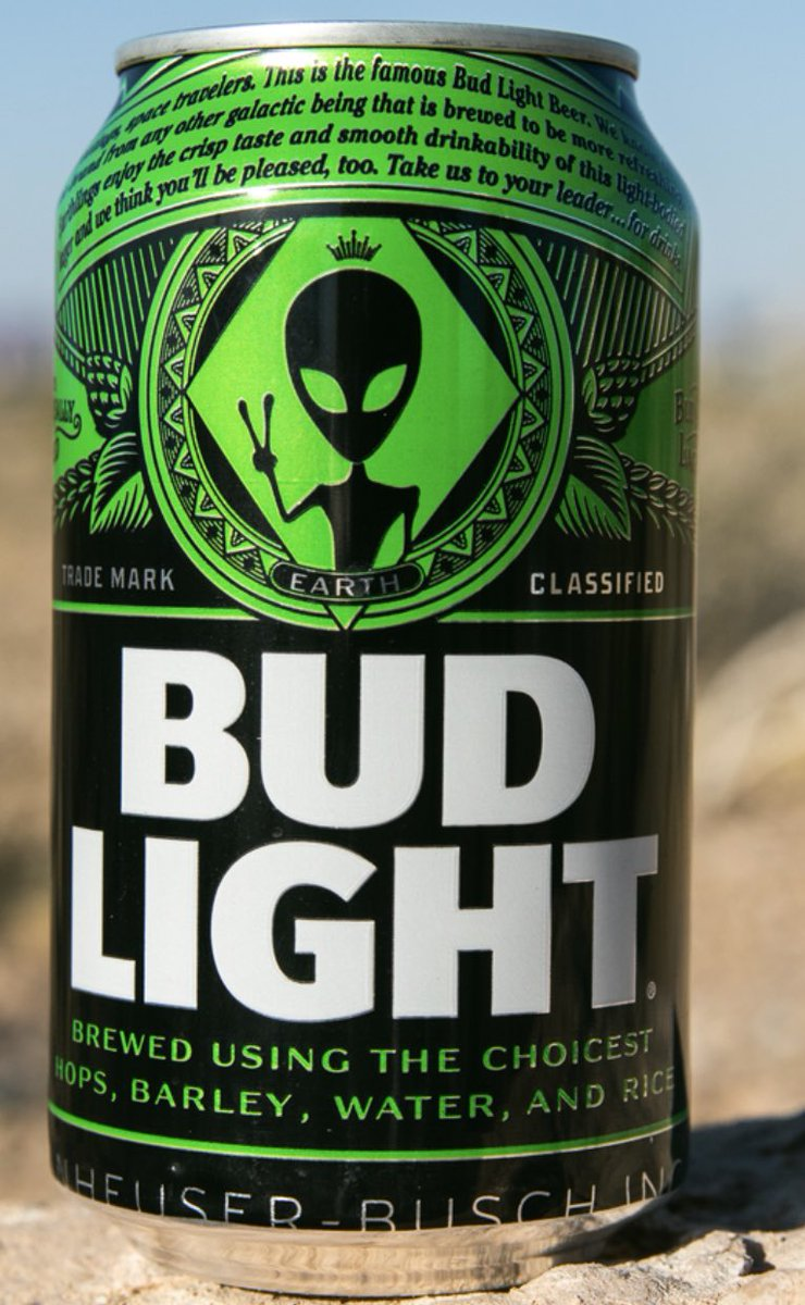 """Residents of Nevada, Arizona, and California can buy limited edition Bud Light """"Area 51"""" cans today. Brand put fridge in Luxor in Vegas where only aliens can get a free cold one with a verified finger scan. <br>http://pic.twitter.com/mGuRihGvoO"""